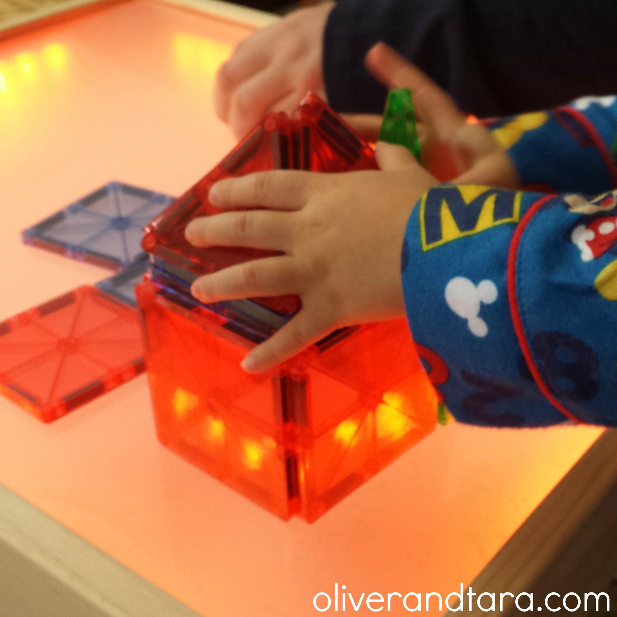 DIY Light Table | oliverandtara.com